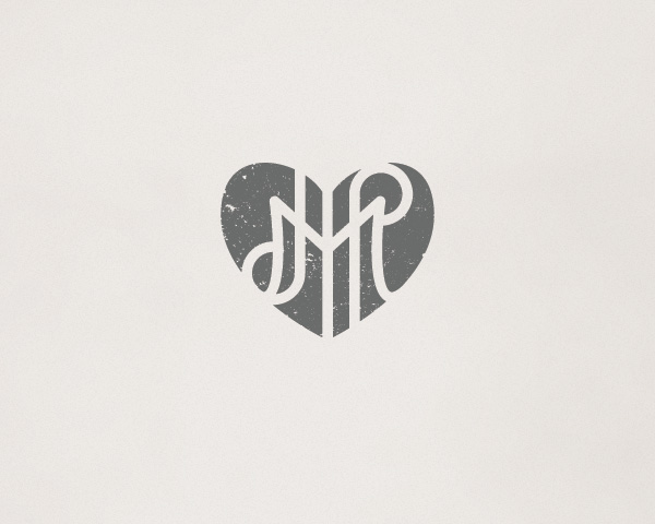 jules-morgan-photography-heart-monogram