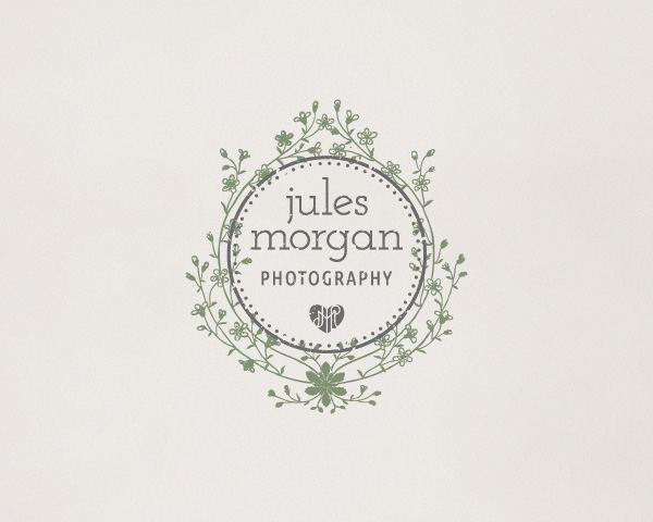 jules-morgan-photography-victorian-stamp-logo